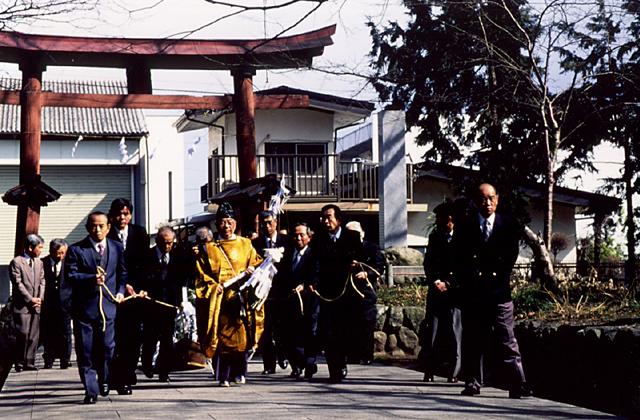 神部神社の曳舟神事