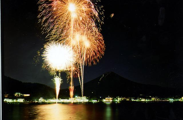 【2020年度中止】河口湖湖上祭