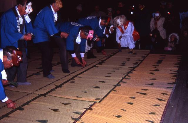 新海三社神社御田植祭