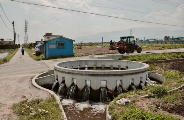 西天竜幹線用水路 円筒分水工群