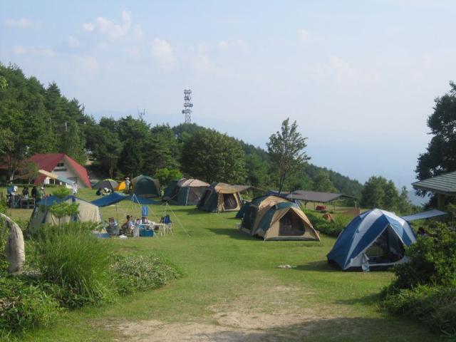 陣馬形山キャンプスペース ※2020年4月1日からキャンプ予約制開始