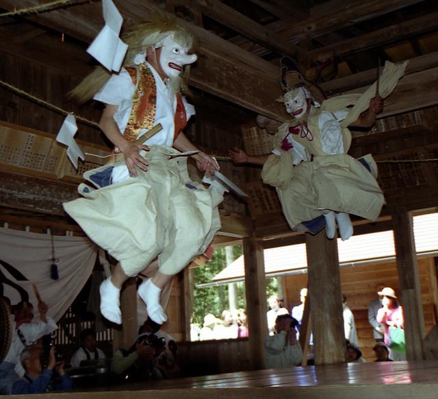 【2021年開催中止】駒ヶ岳神社例祭「太々神楽」