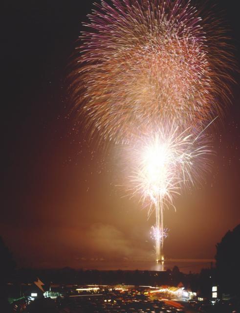 【中止】霊仙寺湖花火大会「天狗の火舞い」