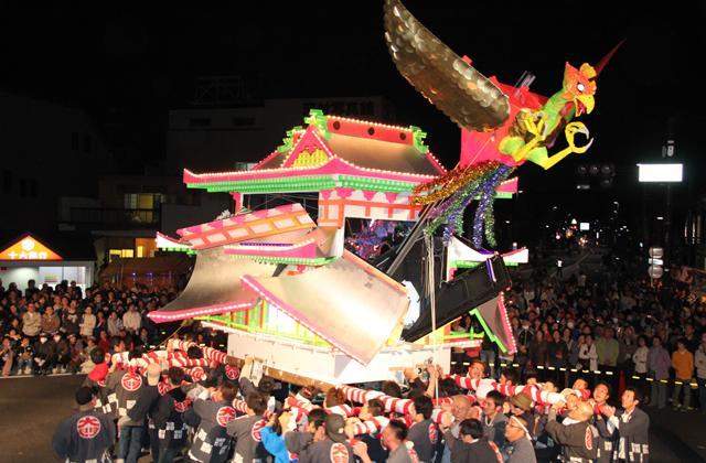 Seki Festival, Paper lantern mikoshi contest