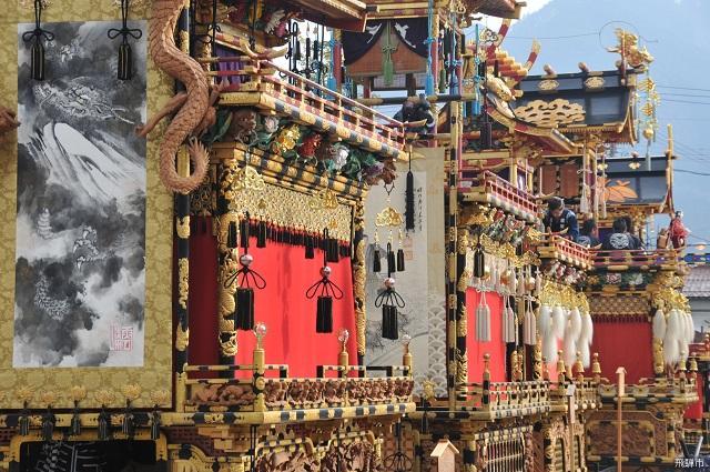 飛騨古川祭「屋台曳き揃え」