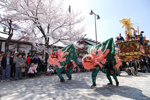 飛騨古川祭「獅子舞」