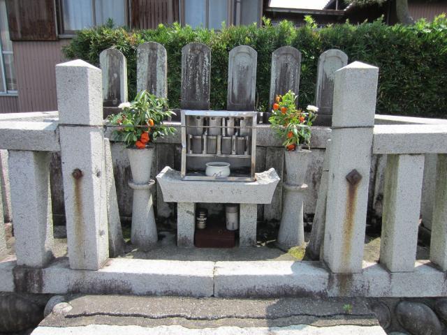 腰の物にて怪我致し候-史跡江翁寺薩摩義士の墓(江翁寺)