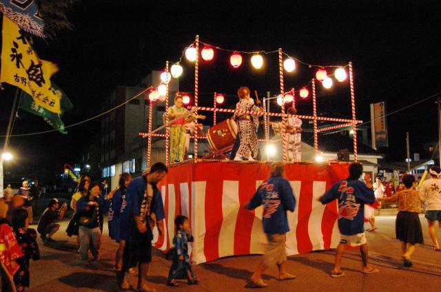 戸田盆踊り・海上花火大会