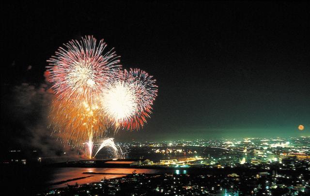 第45回 焼津海上花火大会【開催中止】