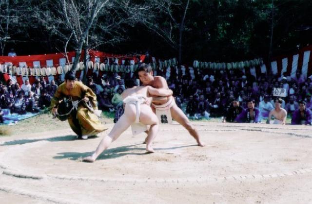 高松神社奉納相撲