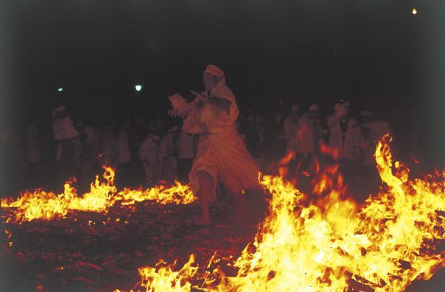 【2020年中止】秋葉大祭火渡神事