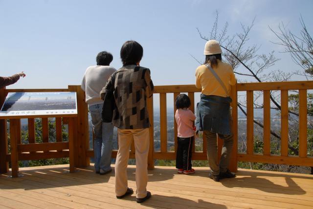 岩巣山ハイキングコース