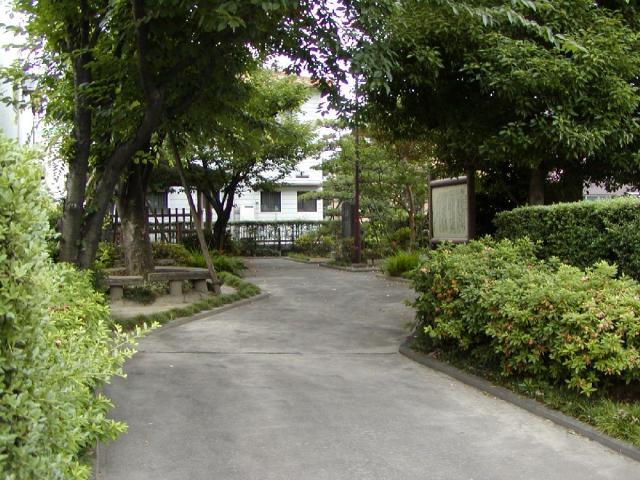 赤染衛門歌碑公園