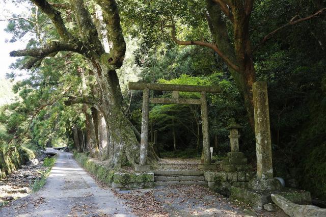 神内神社(子安神社)