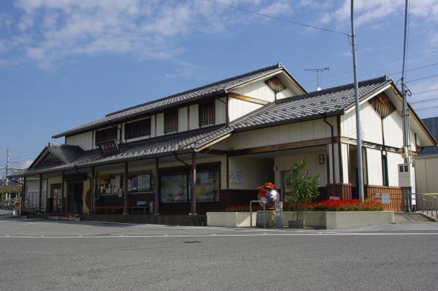 近江鉄道愛知川駅コミュニティハウス「るーぶる愛知川」