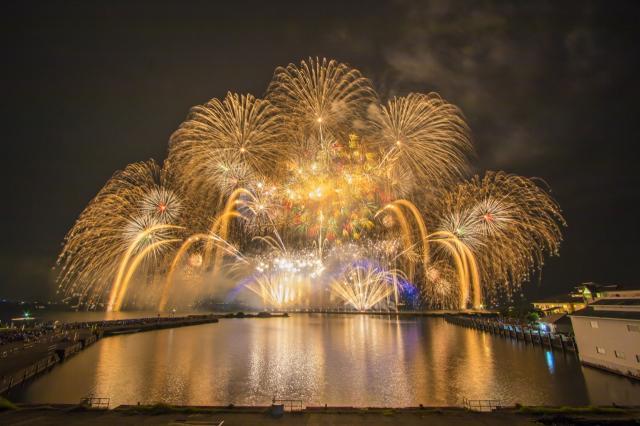 Nagahama, north Lake Biwa size fireworks display★25203ba2210118916