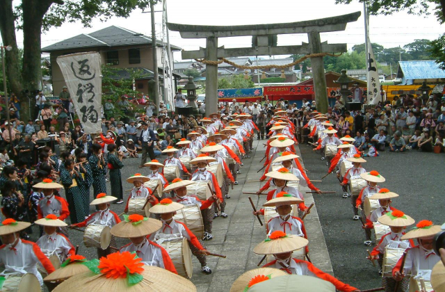 春照八幡神社太鼓踊り