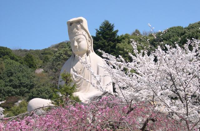 Flower Festival (Buddha's Birthday Celebration)