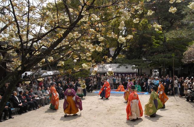 春季例子大祭、淳仁天皇節