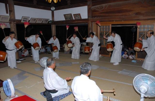 西光寺六斎念仏踊り