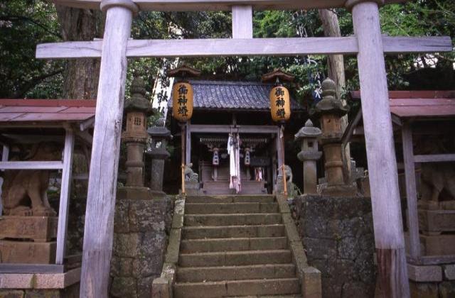 新井崎神社