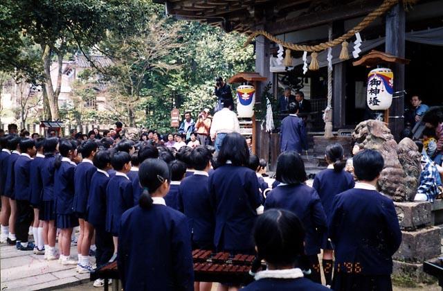 中嶋神社菓子祭
