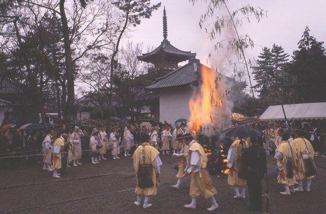 Taishi temple service★28210ba2210124973