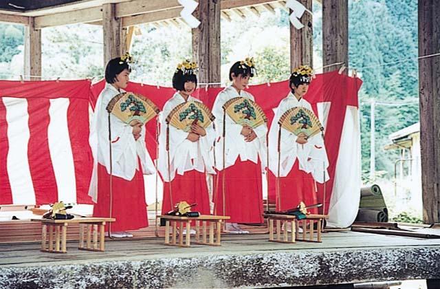 大生部兵主神社春の大祭