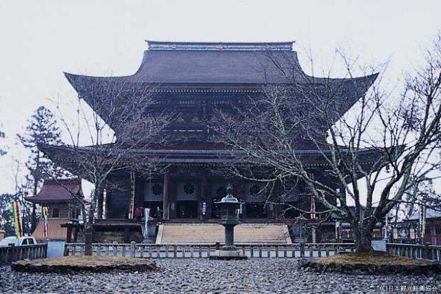 金峯山寺本堂