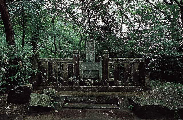 村上義隆的墳墓