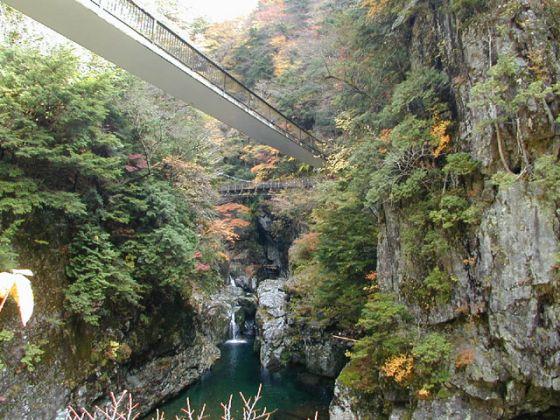 みたらい渓谷ハイキングコース