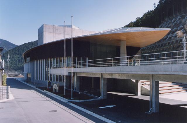 川上総合センターやまぶきホール