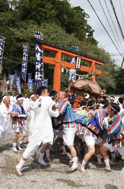 三輪崎八幡神社例大祭