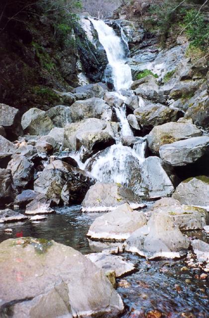 萬歲的瀑布