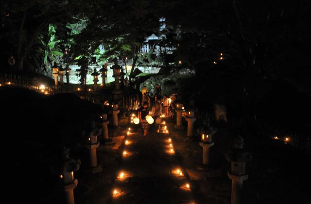 池田家墓所燈籠会