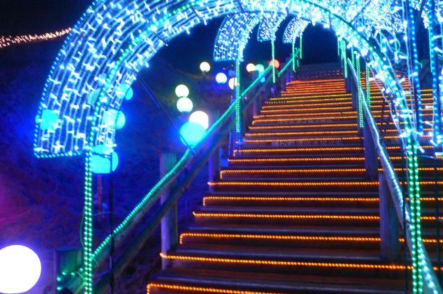 鳥取砂丘イリュージョン(階段アーチ)