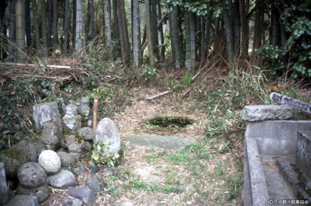 石冢荒寺遺跡