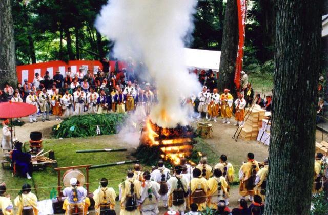 三徳山 炎の祭典