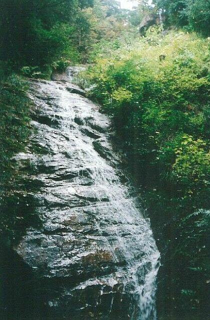 大滝山不動滝