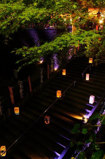 清水寺燈參拜用的道路