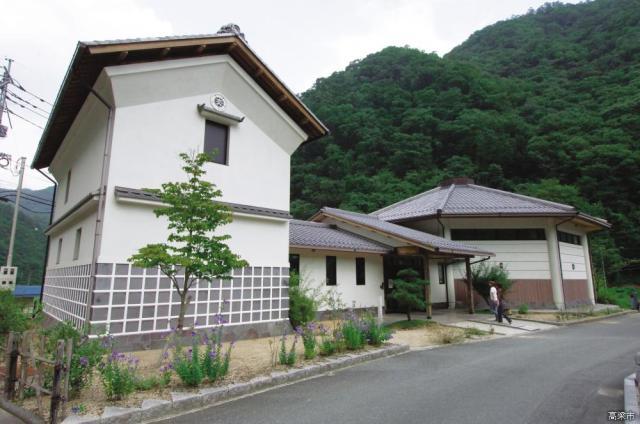 景年記念館