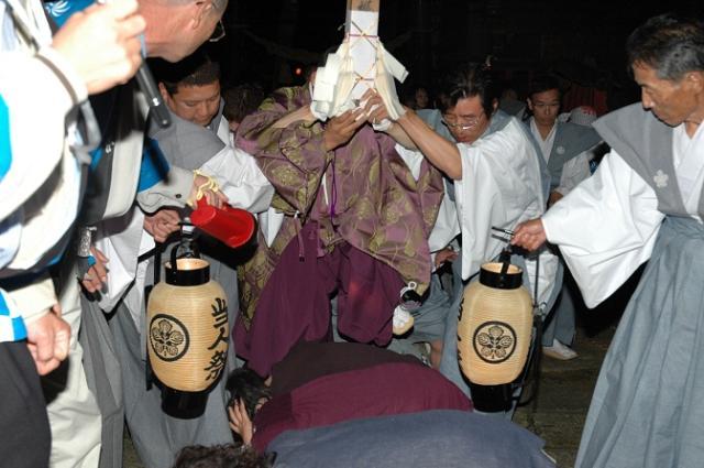 梶並神社当人祭