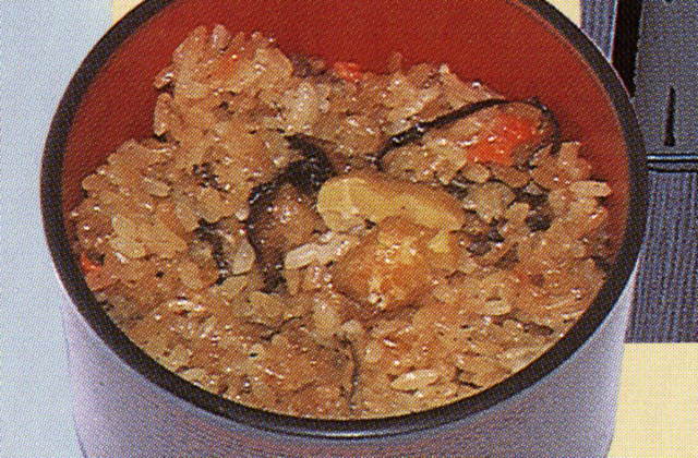 蒜山糯米小豆飯