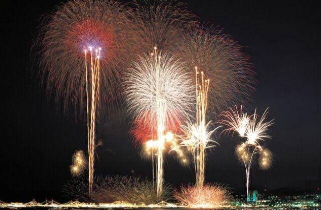 第70回呉の夏まつり「海上花火大会」