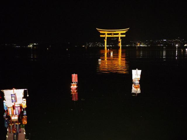 四宮神社祭「たのもさん」〈たのも舟を流すことやミニ...