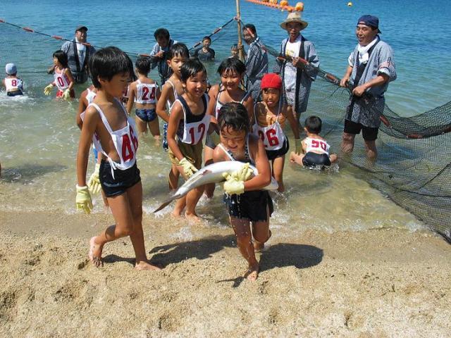 【2020年中止】大崎上島サマーフェスティバル・海上花火大会