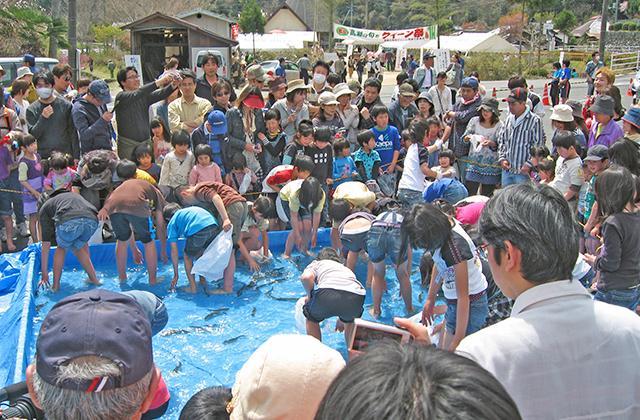 高瀬の旬をクイーン祭