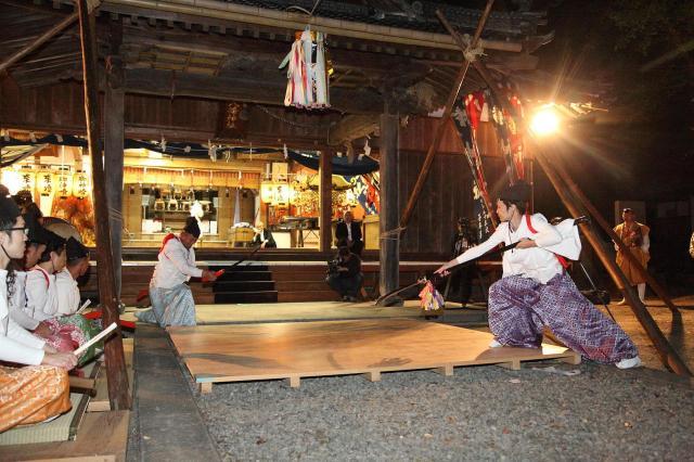 金丸八幡神社前夕祭神儀式