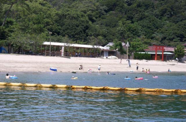 蔦島海水浴場