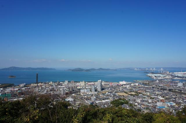 青の山頂上展望台